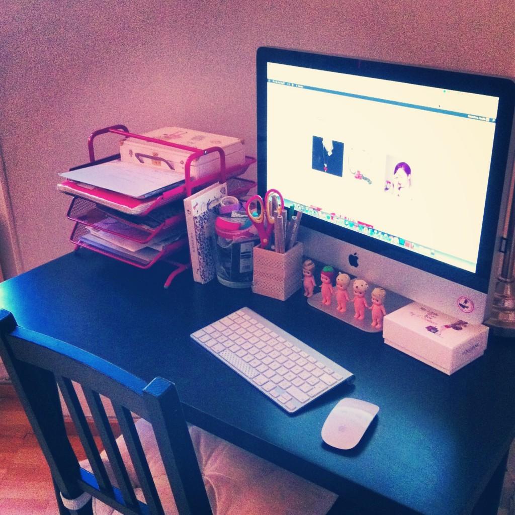 bureau sogirlyblog
