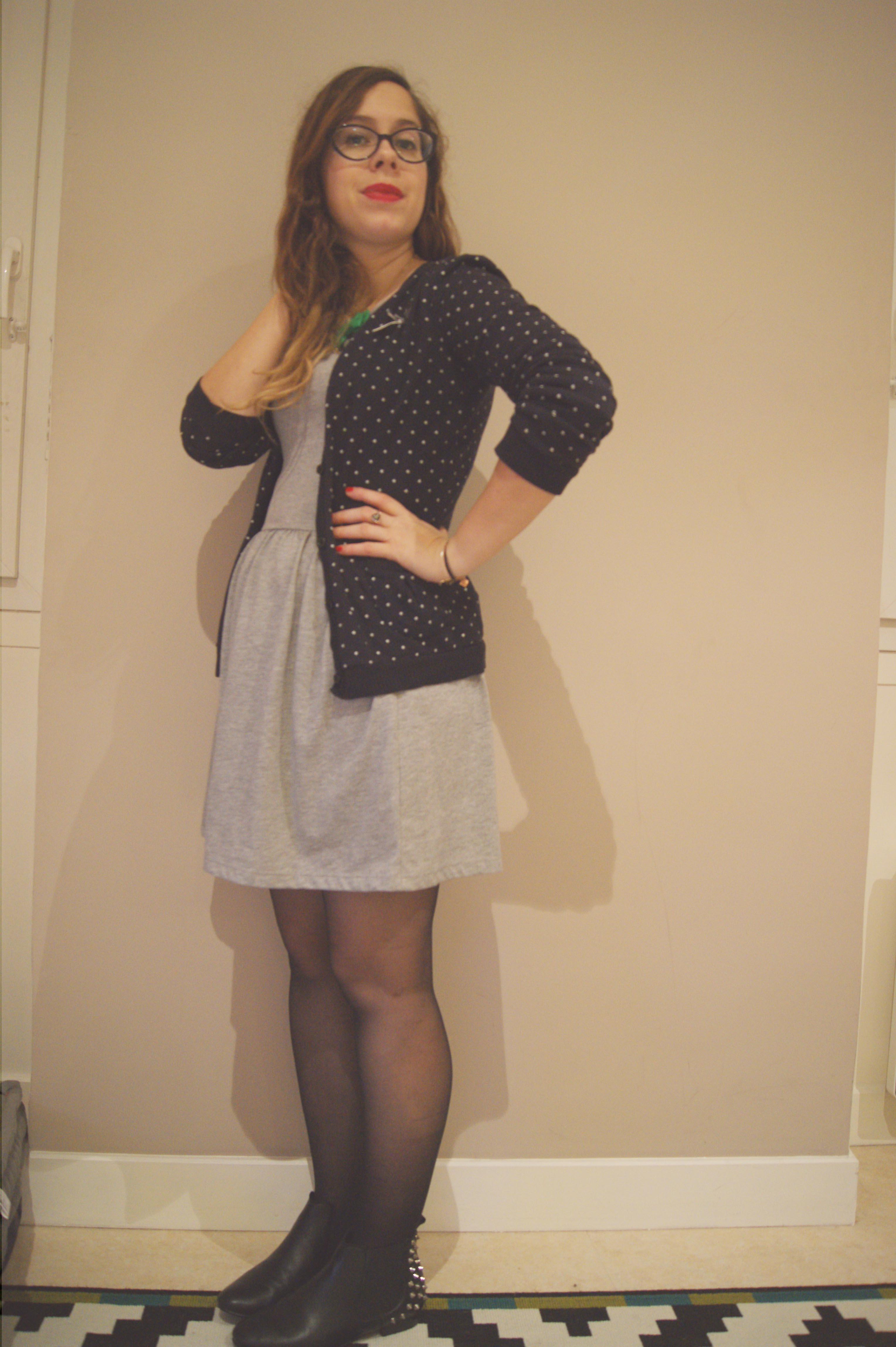be81aeebb8c La petite robe grise - Le So Girly Blog