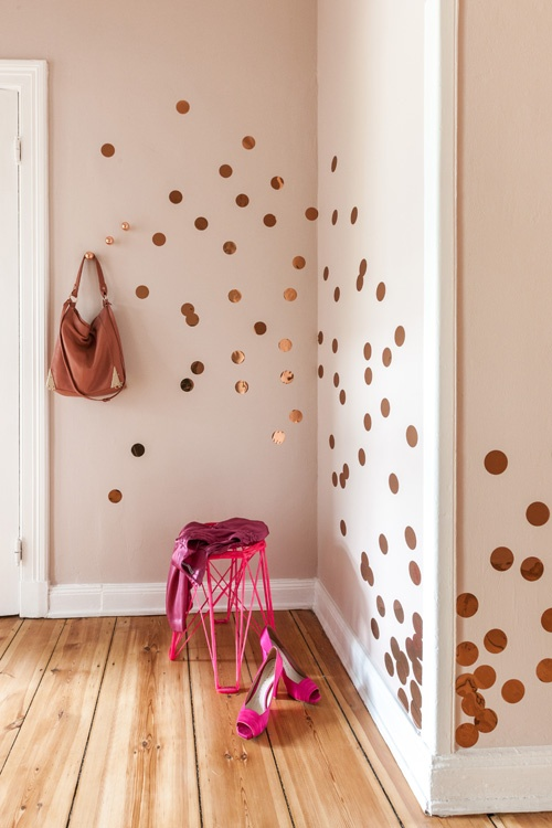 confetti doré murs