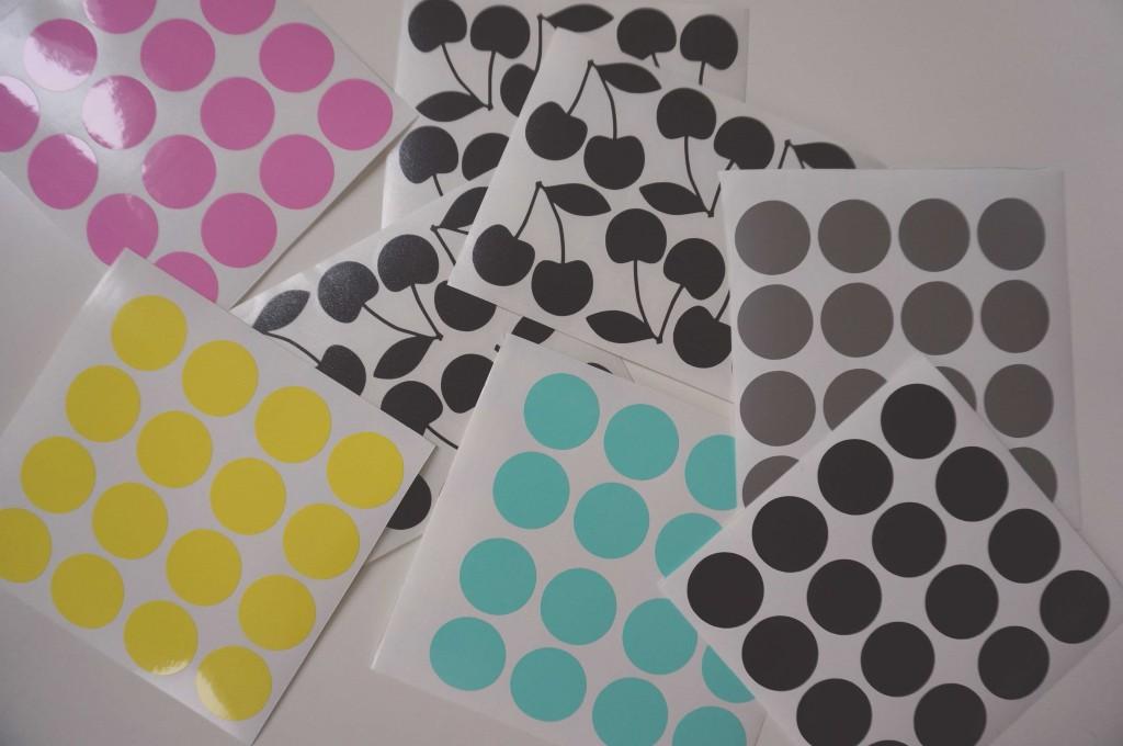 stickers pom