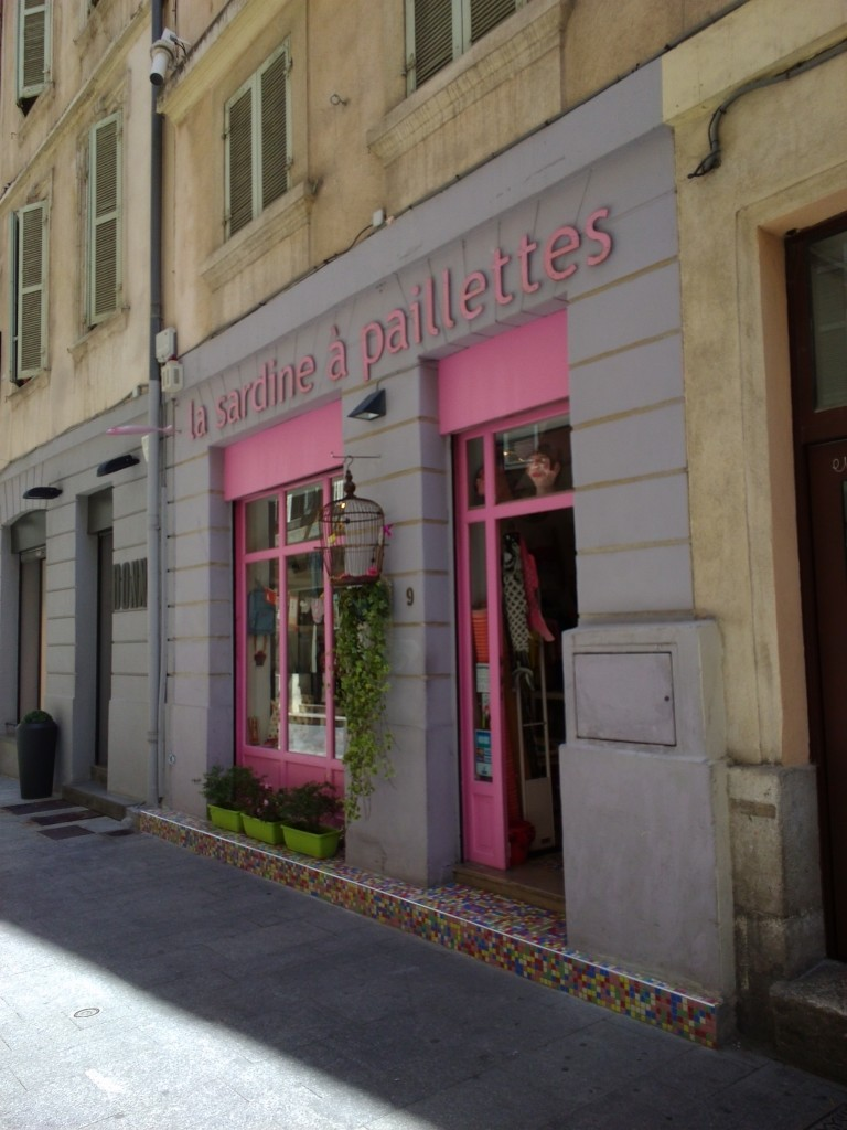 hpcitychallenge mon marseille moi partie 2 le so girly blog. Black Bedroom Furniture Sets. Home Design Ideas