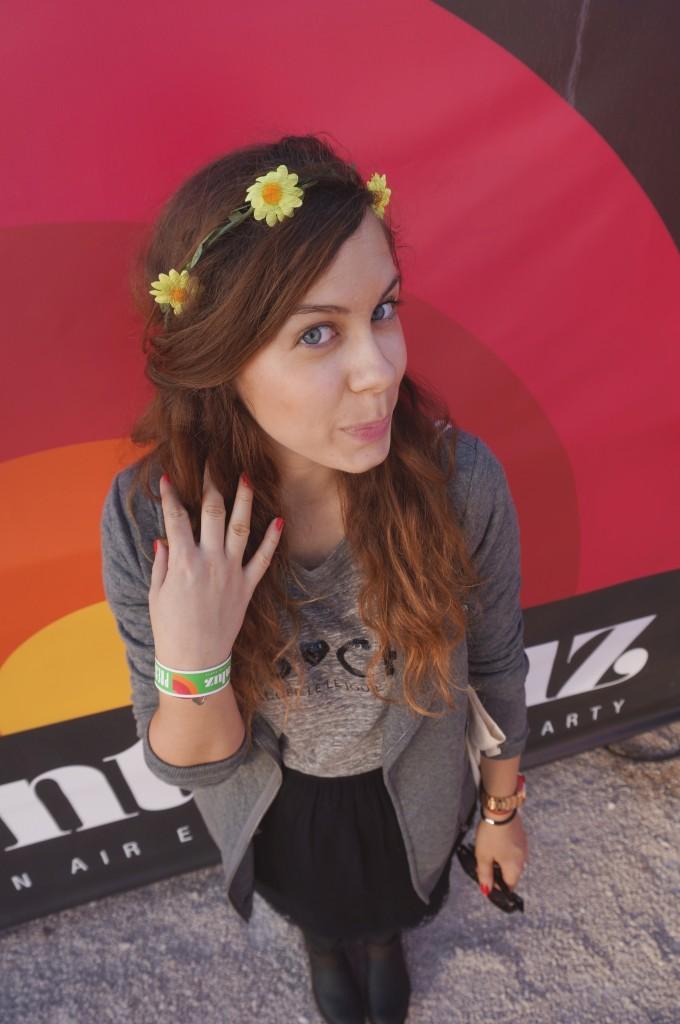 couronne de fleurs urban outfitters