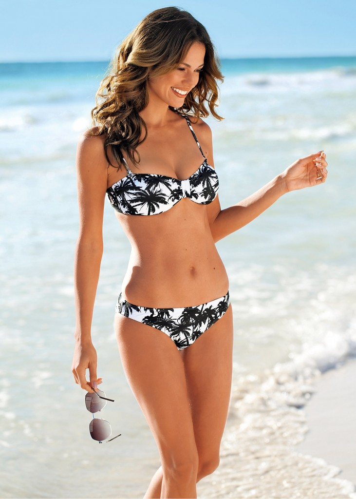 bikini palmiers
