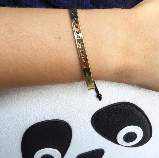 bracelet bangle up