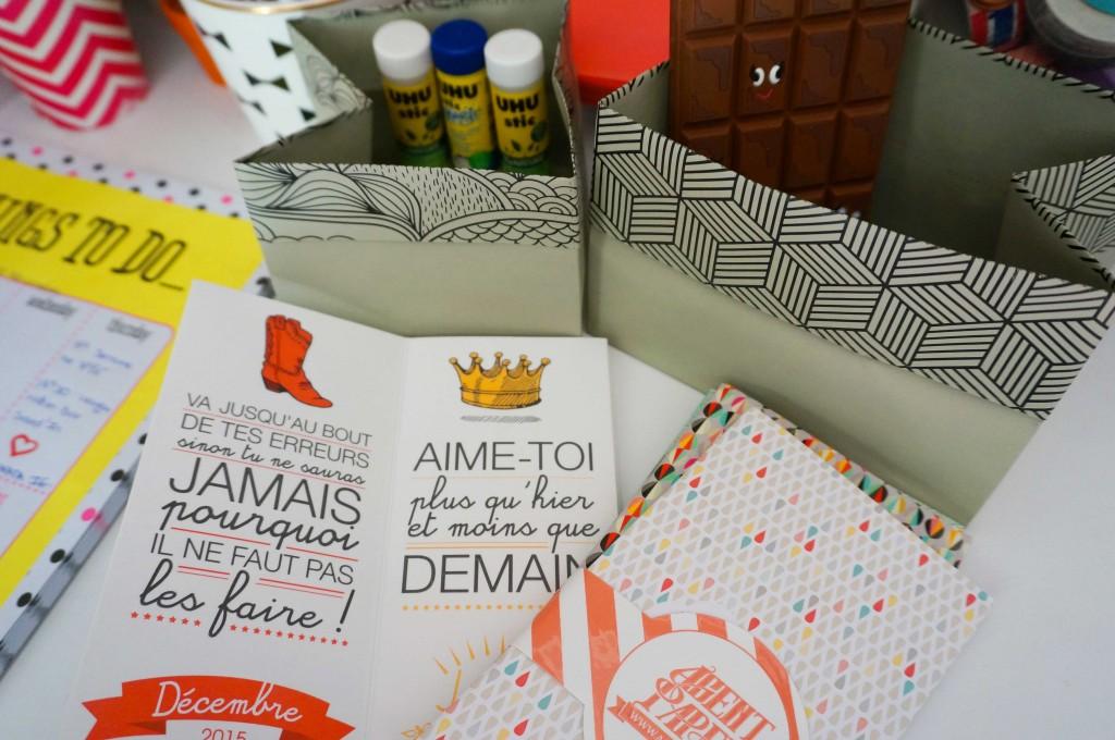 agent paper jolie papeterie pour bureau girly le so girly blog. Black Bedroom Furniture Sets. Home Design Ideas