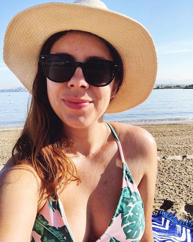 être jolie à la plage