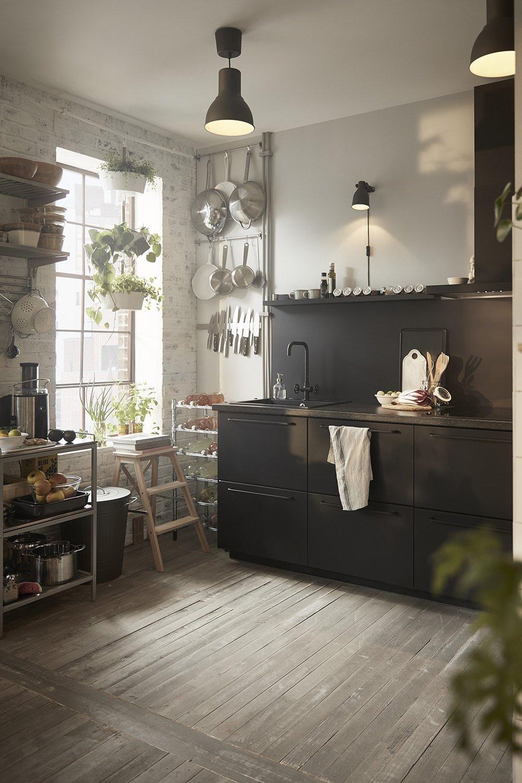 cuisine-meuble-noir-ikea