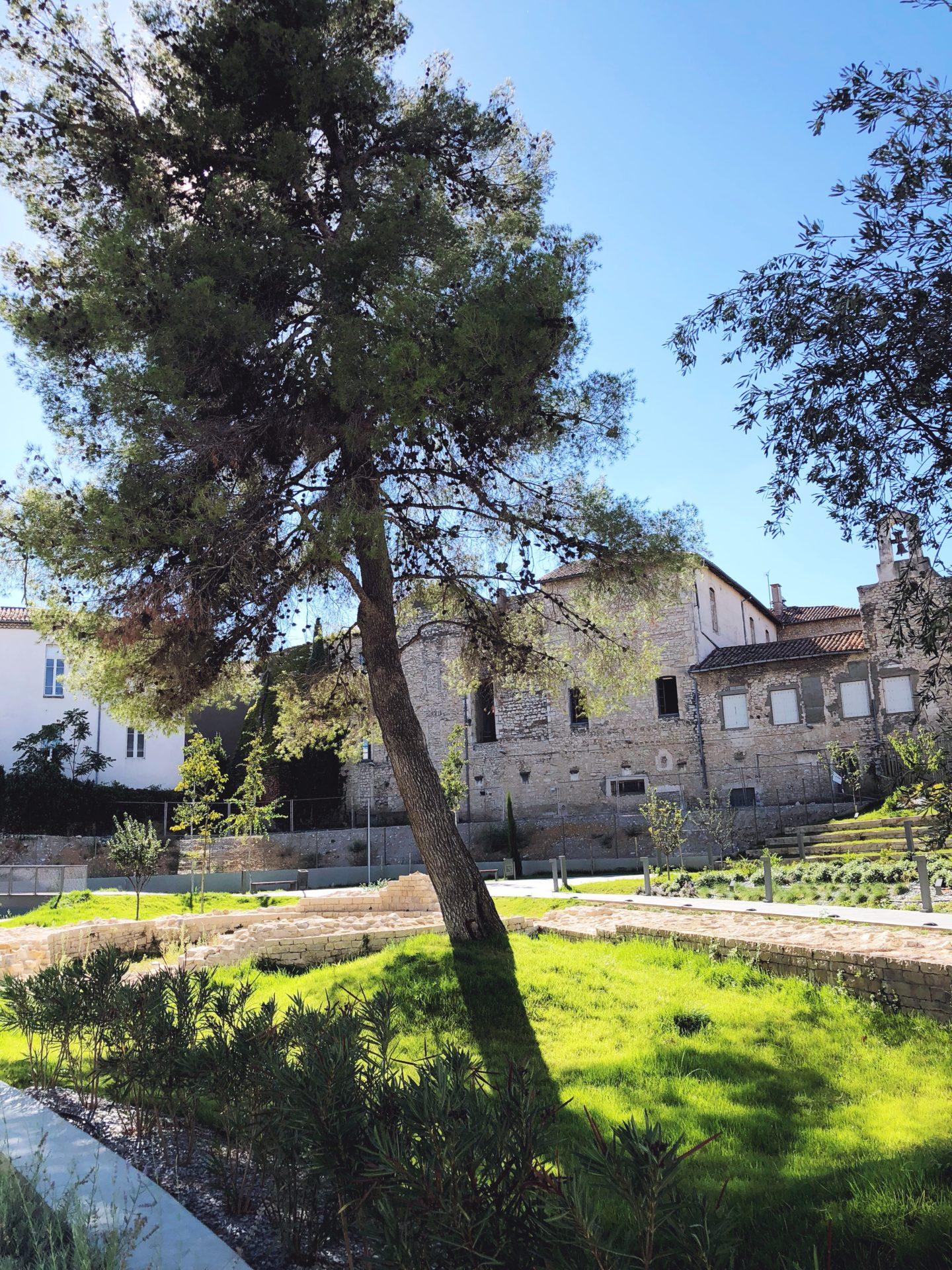 jardin musée de nimes