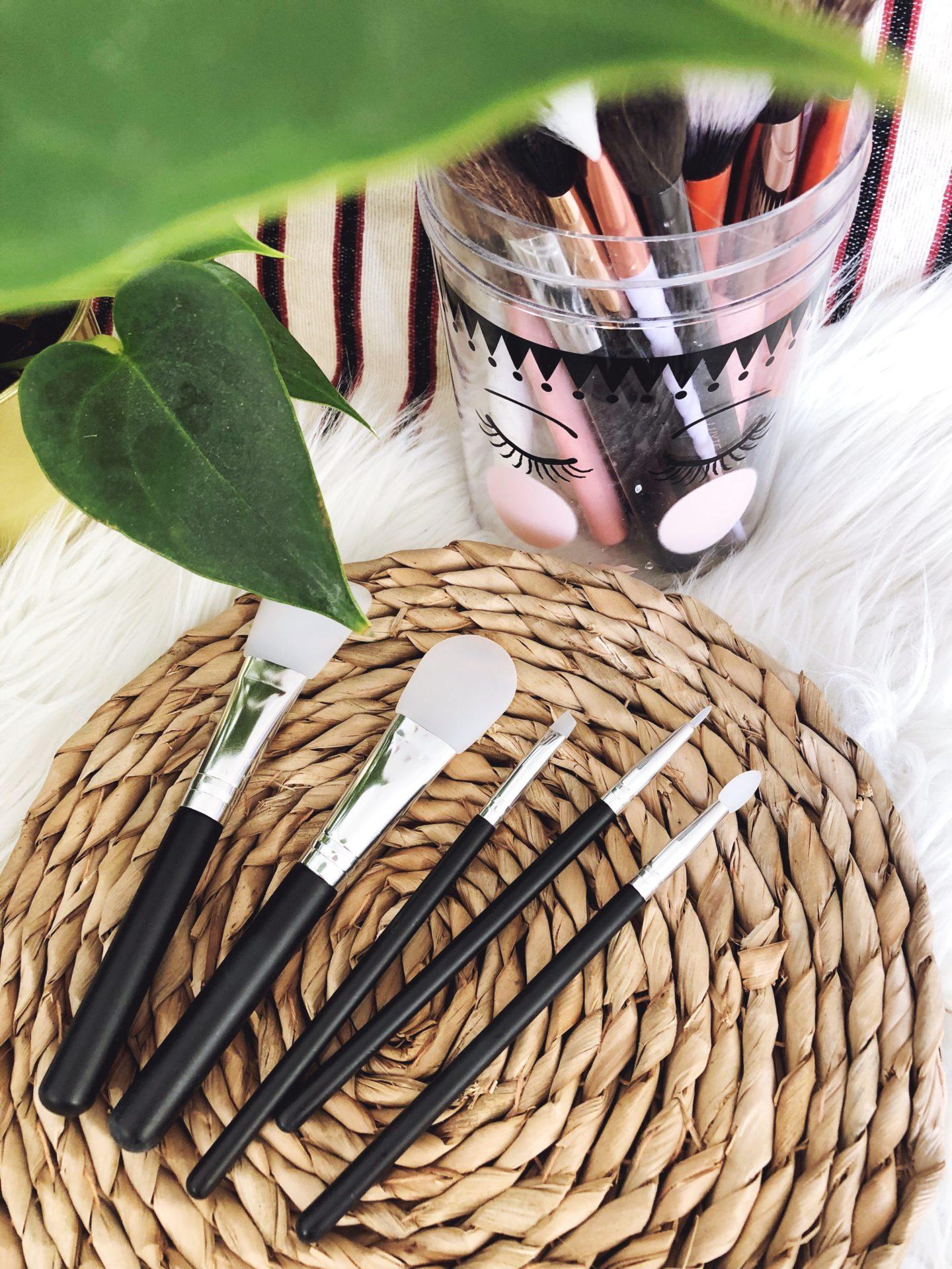 pinceaux à maquillage en silicone