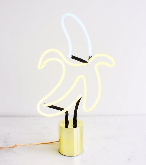 lampe néon banane l'avant gardiste