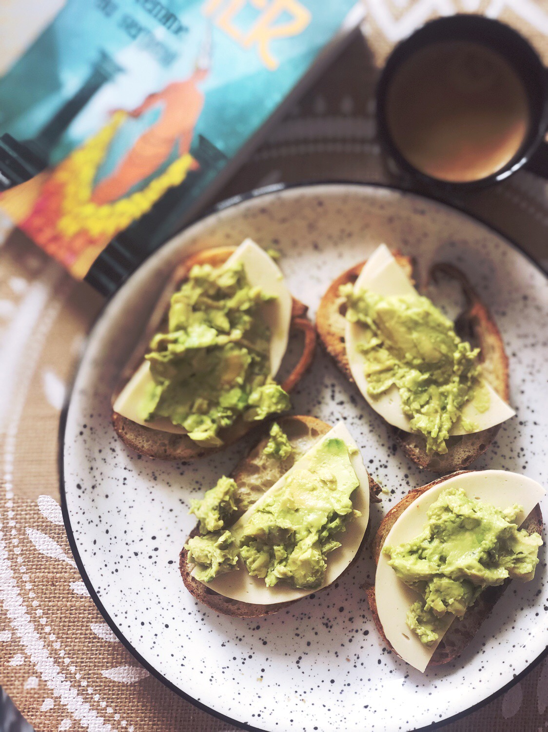 avocado toast vegan