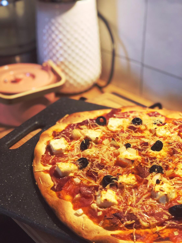 pizza chorizo et fêta