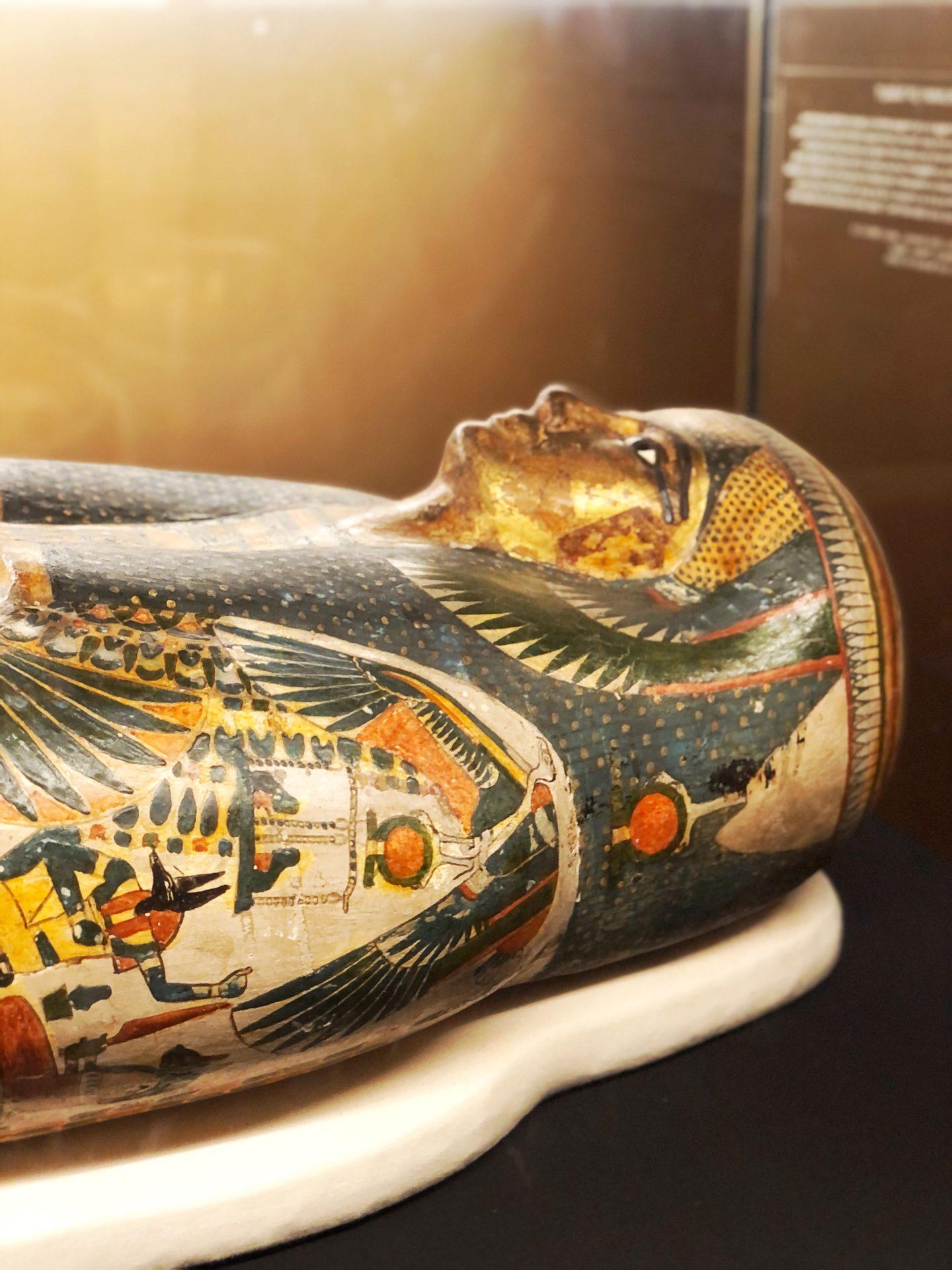 exposition momies musée des beaux arts montreal