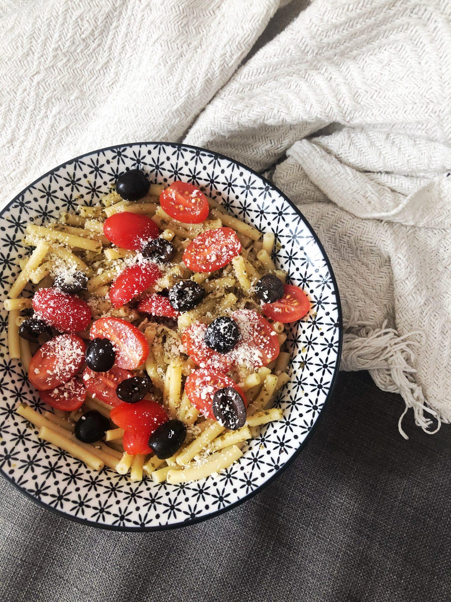 pates aux tomates et olives